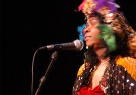 Ruby Hunter performing 'Kura Tunga' - 2004 Melbourne International Arts Festival.
