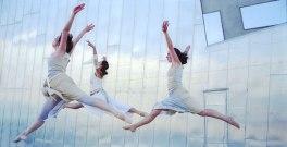 'Stretch' - 2004 L'Oreal Melbourne Fashion Festival, Melbourne. Produced by Laetitia Shand